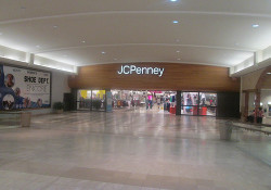 JCPenney Closing Stores, Slashing Jobs and Getting Old