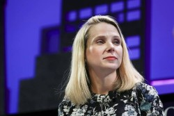 Marissa Mayer is Tanking Yahoo and It Might Be Time to Sell Out