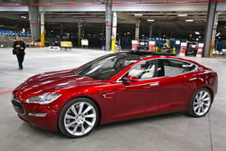 George Soros Rescues Tesla Cars from Sinking